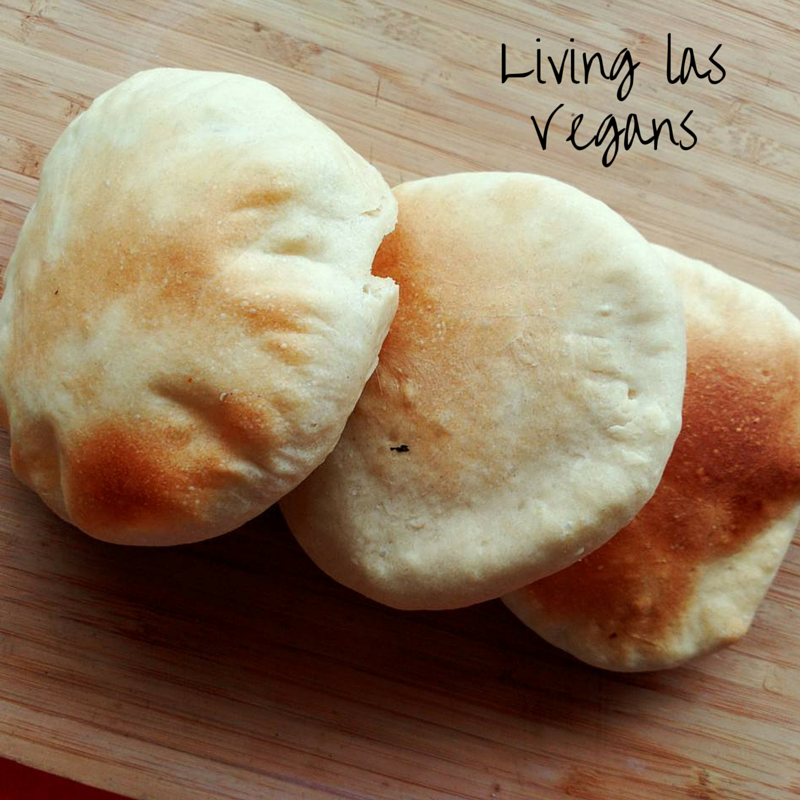 Living las Vegans(2)